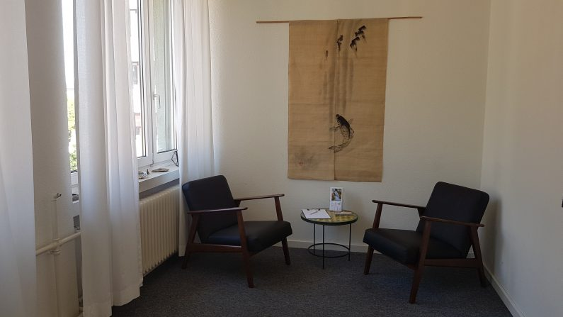 Beratungszimmer Institut für Energiearbeit Zürich