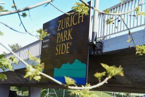 Autobahntafel Zürich Park Side